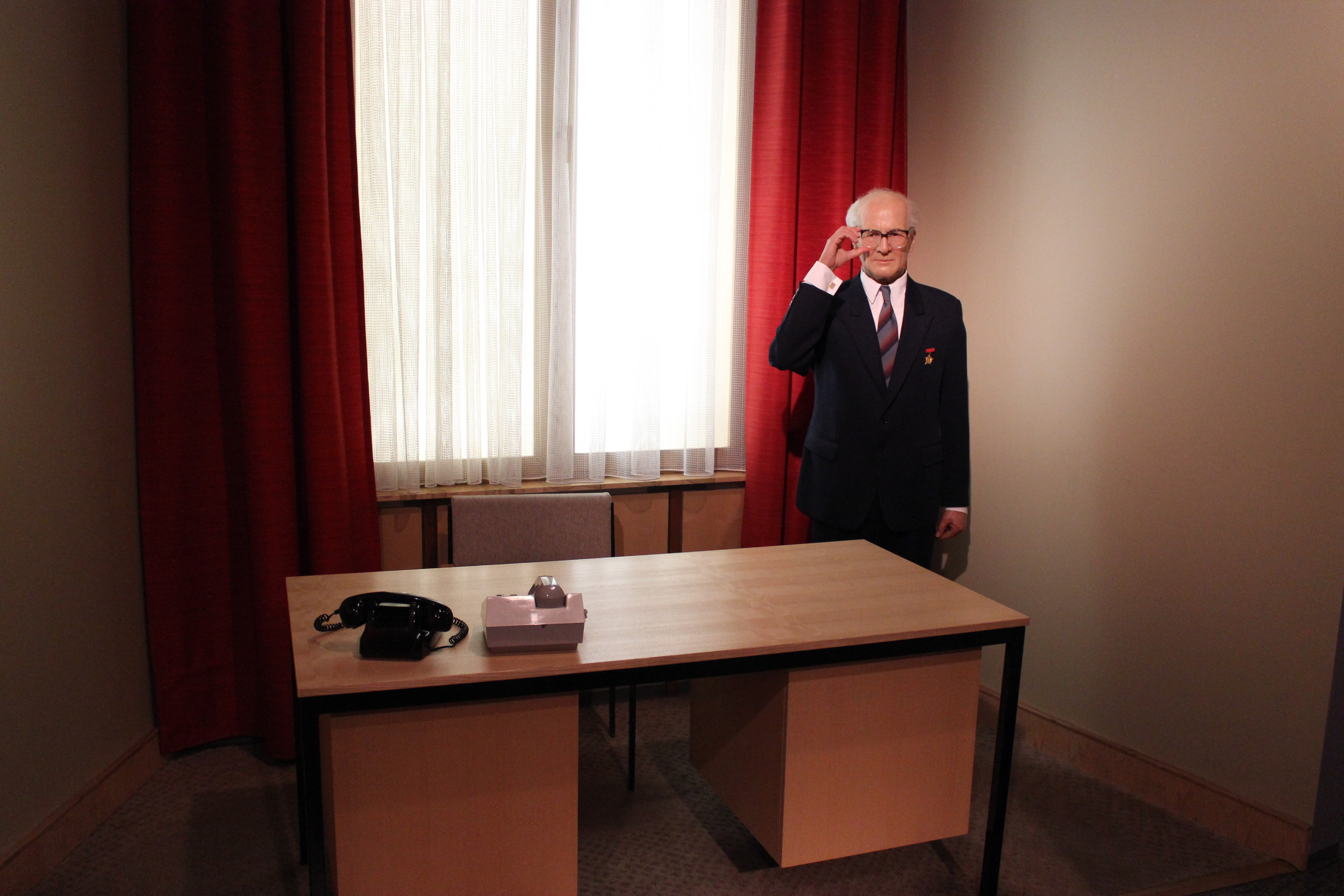 Erichhonecker Inattraction