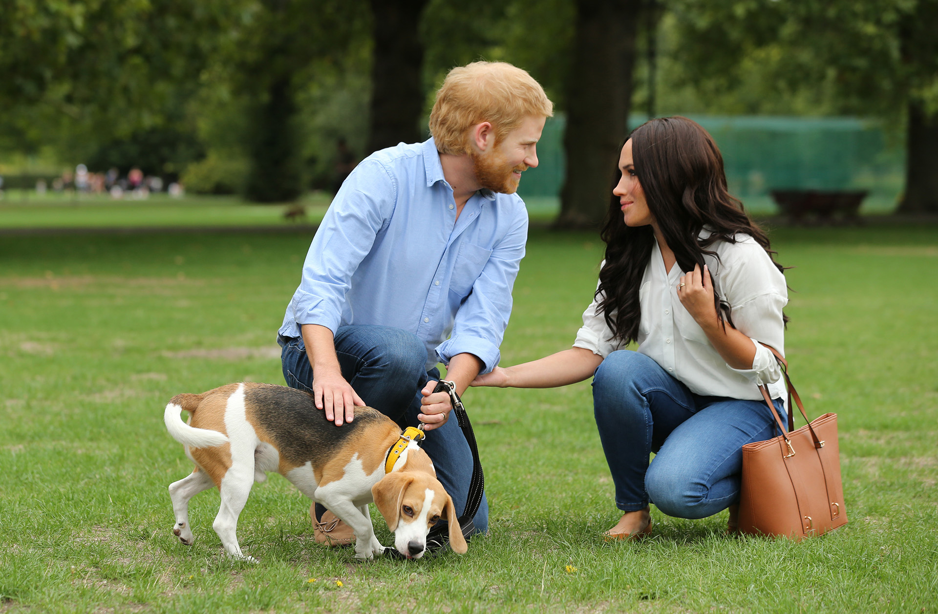 Harry & Meghan in the park
