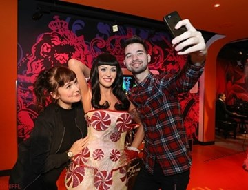 Triff Katy Perry im Madame Tussauds™ Wien